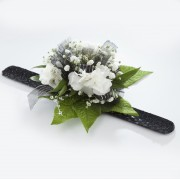 Elite Mini-Carnation Wrist Corsage