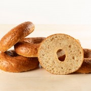 Honey Cracked Wheat Bagel